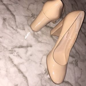 Gianvito Rossi nude patent chunky heels